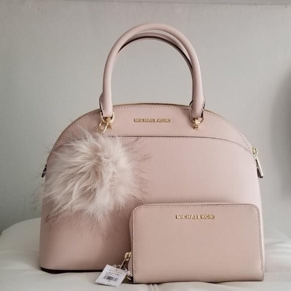 MICHAEL Michael Kors Handbags - 🔥LAST SET🔥NWT AUTHENTIC MK BAG & WALLET SET